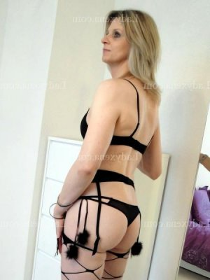 Cherazed escort girl massage naturiste
